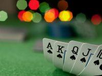 Adopsi manfaat online poker adalah sebagai berikut